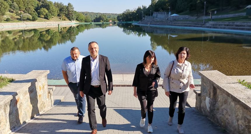 Ministarstvo fondova EU-a dalo 6,3 milijuna kuna za uređenje orahovačkog Jezera