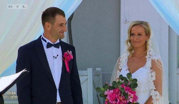 Nikolina i Adam se vjenčali! (thumbnail)