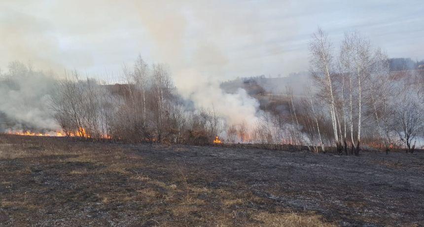 Tragedija u Gornjem Mekušju kod Karlovca: 80-godišnjak smrtno stradao dok je na livadi pored kuće spaljivao suhu, pokošenu travu