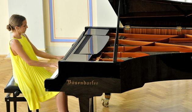 U varaždinskom HNK održan humanitarni koncert 'Ostanite u Varaždinu'
