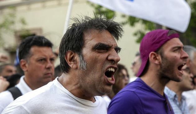 Diljem Europe sukobi policije i protivnika obveznog cijepljenja
