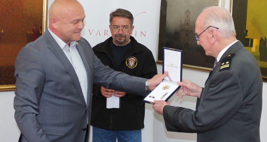 Odlikovan pukovnik Ivan Rukljić, prvi ratni zapovjednik 104. brigade Hrvatske vojske