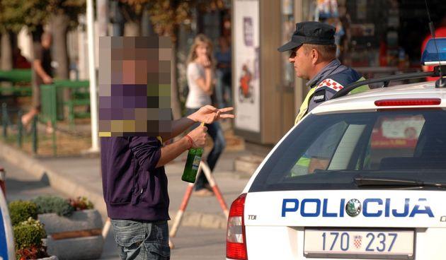 Policija na cestama Karlovačke županije noćas hvatala pijane vozače: Uhvaćeno 11 pod utjecajem alkohola, rekorder u promilima 48-godišnji Karlovčanin
