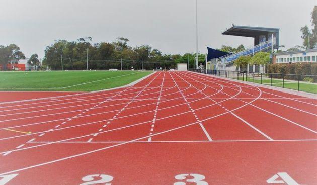 Andrej Belčić na 800 i Lovro Kasunić na 5000 metara treći na juniorskom Kupu Hrvatske u atletici u Zagrebu