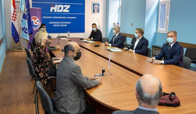 HDZ potpisao koalicijski ugovor s HSP-om, Strankom umirovljenika te Narodnom strankom