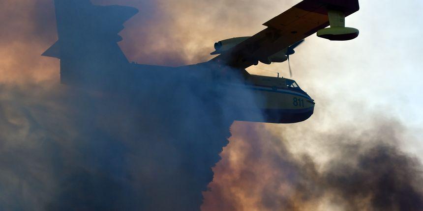 Dva Airtractora gase požar u Grbama