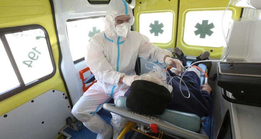 Stožer: Preminule 42 osobe, novozaraženih više od 2100. U Zagrebu umro 33-godišnjak