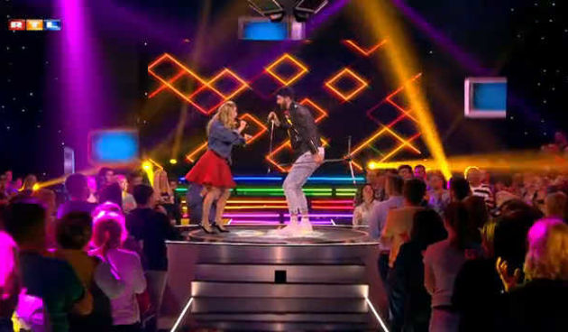 Tim ''Whitney'' - zabavan nastup uz vrući poljubac (thumbnail)