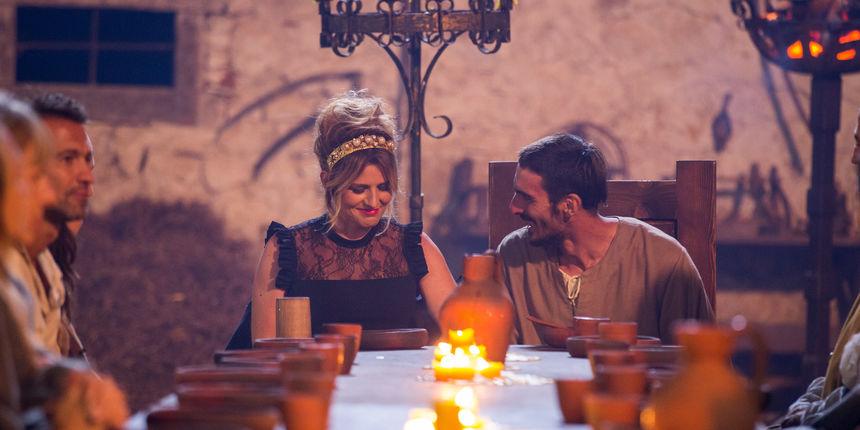 Ante izgubio u duelu, no kralj Tomislav ga je pomilovao, a Nikolina mu od sreće otrčala u zagrljaj!