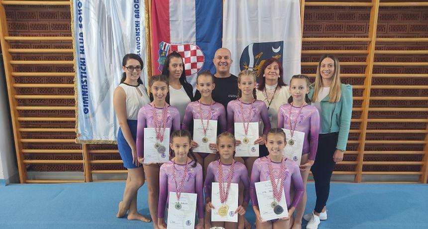 Mlade nade vukovarske gimnastike sa zlatnim odličjima