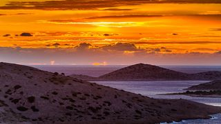 Jesenski zalazak sunca na Kornatima