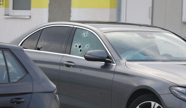 Ovo je Mercedes u kojem je iz automatske puške ubijen poduzetnik u Vodicama