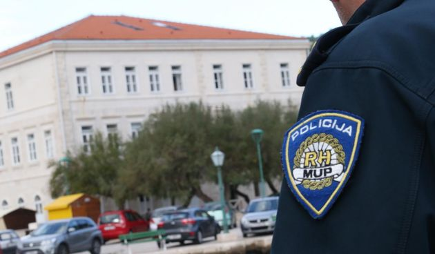 Policija Brač