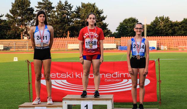 Atletika: Ana Mikšić brončana na kadetskom prvenstvu Hrvatske, još par dobrih rezultata karlovačkih atletičarki i atletičara