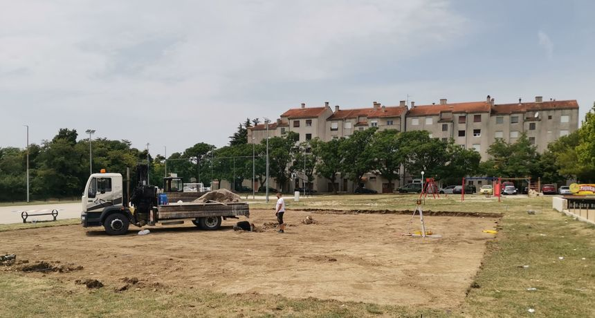 Benkovac dobiva novi teren za odbojku i odbojkaški turnir
