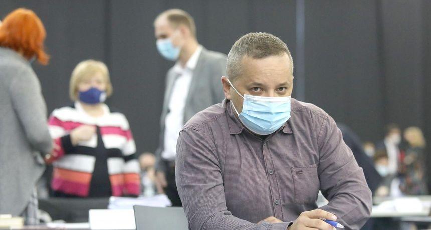 U Hrvatskoj se od Covida trenutno umire dvostruko više nego u Njemačkoj, epidemiolog Kolarić tumači zašto