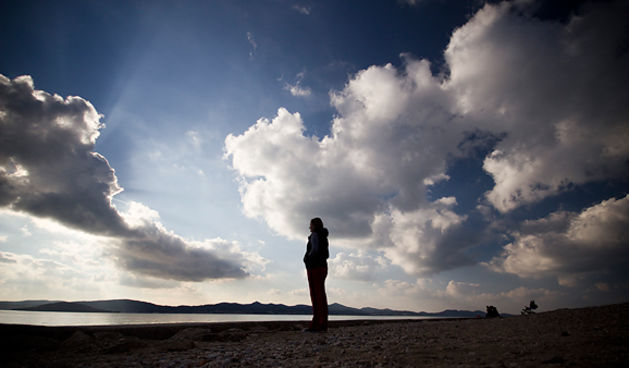 Đir po Kolovarama 1. siječnja 2013., meditacija; usamljenost; čovjek (foto:Saša Čuka)