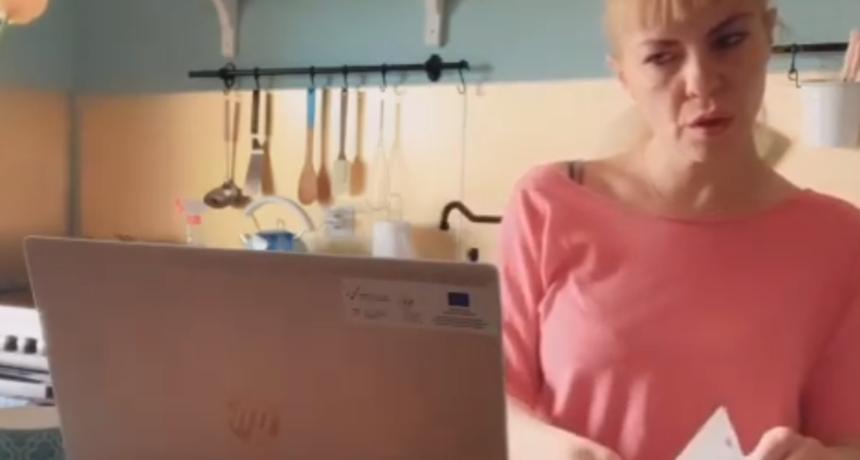 Lidija pokazala svoj kućni ured: Profesorica hrvatskog jezika i književnosti ovih dana ima mnogo posla
