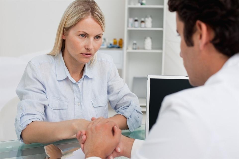 Mnogi ljudi koji imaju dijabetes tip 2 ne znaju da su bolesni dok krvni test ne pokaže visoku razinu šećera u krvi ili dok se ne počnu pojavljivati ozbiljne komplikacije.