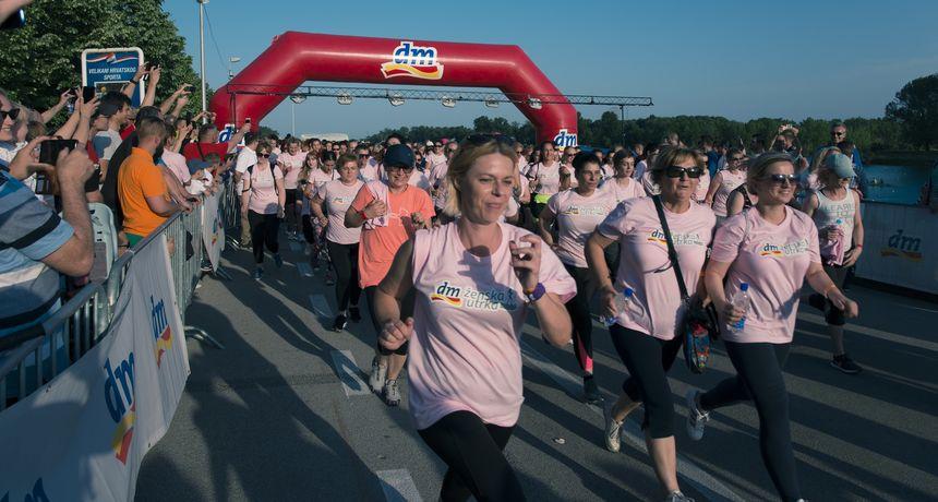 Osma dm ženska utrka okupila je rekordnih 15.000 trkačica i malih trkača