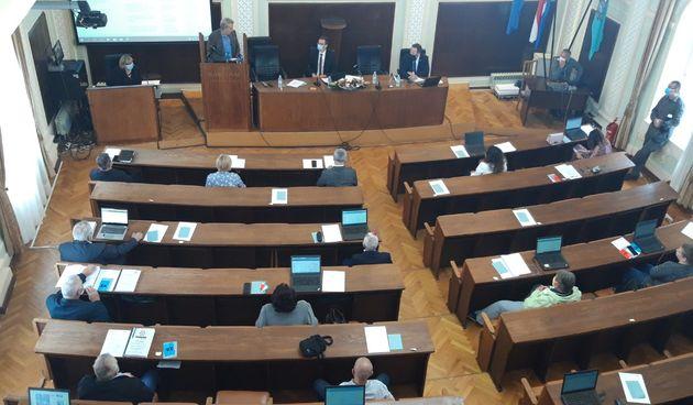 Po trenutnim rezultatima HDZ ipak neće imati većinu u karlovačkom gradskom vijeću