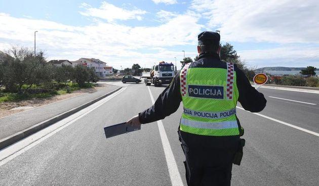 Policija ga je zaustavila dok je vozio s tri promila i bez vozačke: Pogledajte kolika ga kazna čeka