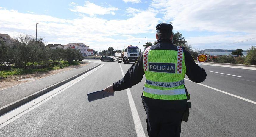 Oduzete vozačke dozvole dvojicu ponavljača prometnih prekršaja nisu spriječile da voze, i to pijani - možda