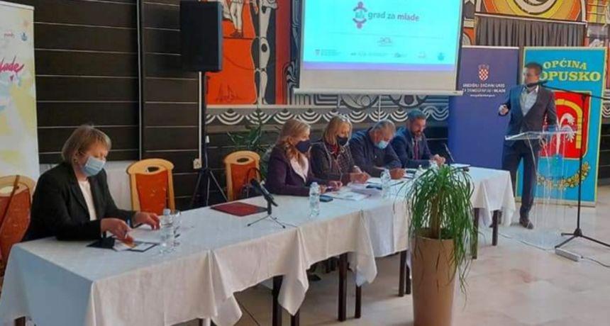 Grad Ozalj za primjer u provođenju demografskih mjera, gradonačelnica Lipšinić: To je ključni faktor u privlačenju novih kadrova u gospodarstvu