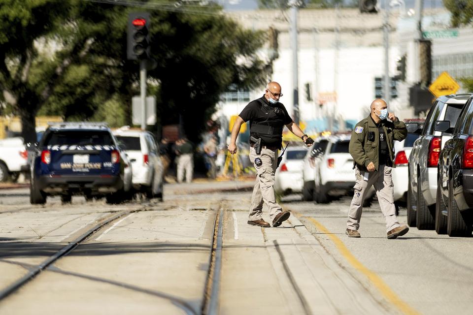 Nekoliko ubijenih u pucnjavi u željezničkom spremištu u Kaliforniji