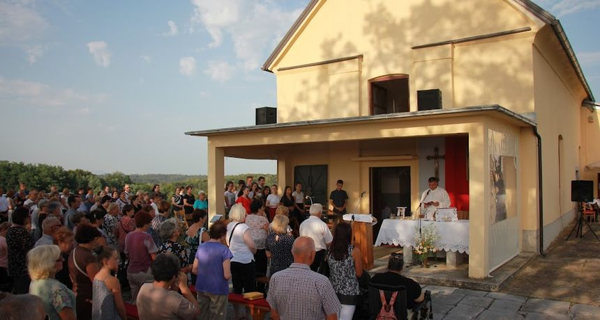 Na Petrakovom brdu u Dugoj Resi proslavljen sv. Rok: