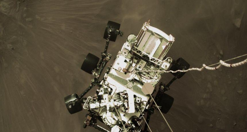 AUDIO Totalno cool: Poslušajte kako NASA-in rover pogađa laserom stijenu