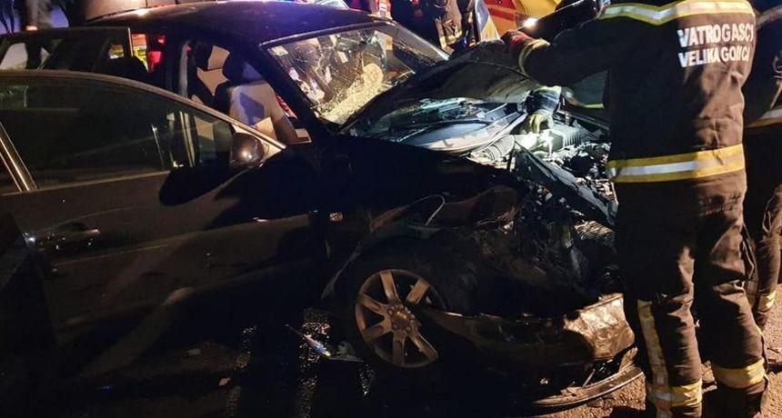 Teška prometna nesreća na velikogoričkoj obilaznici, vatrogasci izvlačili osobu iz auta