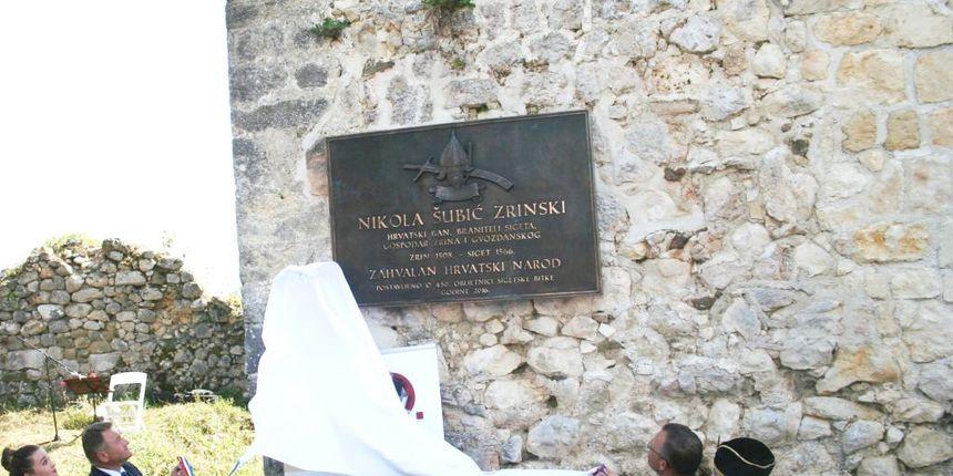 Na utvrdi Zrin postavljena spomen-ploča Nikoli Zrinskom Sigetskom