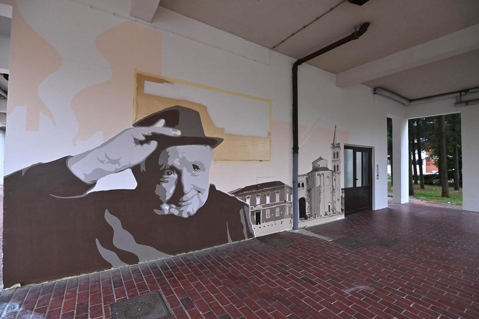 Mural s likom Miroslava Krleže u istoimenoj zadarskoj ulici