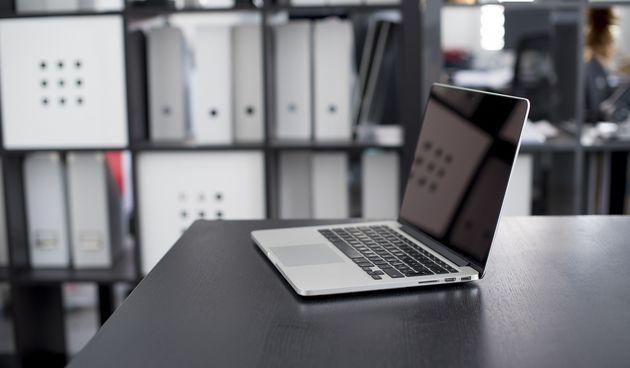 Računalo, laptop, MacBook
