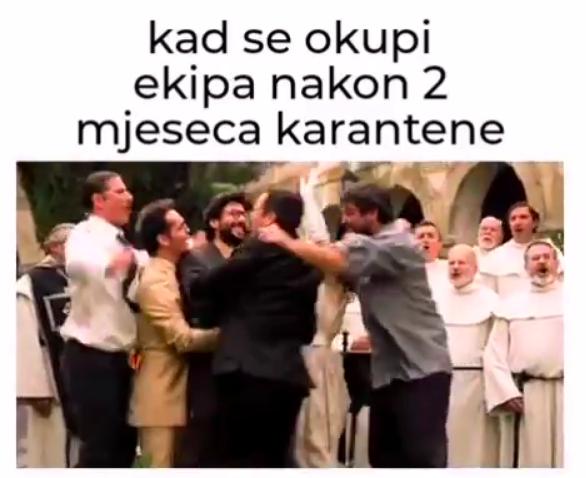 Ekipa se masovno sprda sa otvorenjem kafića, ovo su najbolji memovi