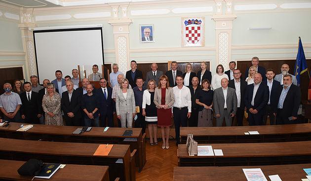 Složni, bar na početku: Županijski vijećnici izabrali predsjednika i zamjenike, Jelkovac: Želim nam uspješan rad i da županija za 4 godine bude bolja