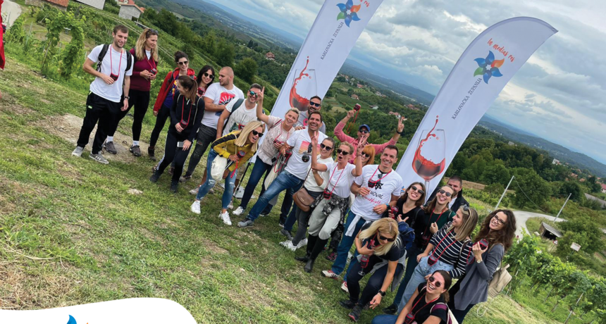 Turistička manifestacija Vrhovac Wine&Walk Weekend prvog dana okupila preko 180 gostiju svih krajeva Hrvatske - danas slijedi nastavak