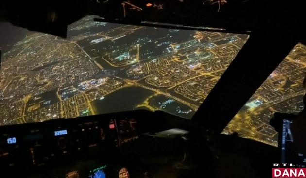 avion noću