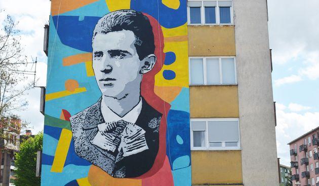 Nikola Tesla, mural u Karlovcu