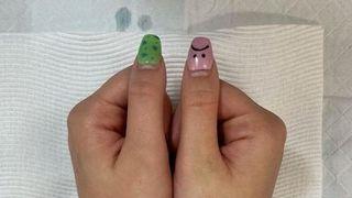 Bizarno ili pametno? Djevojka tetovirala na ruke ono što nas roditelji uče od malih nogu