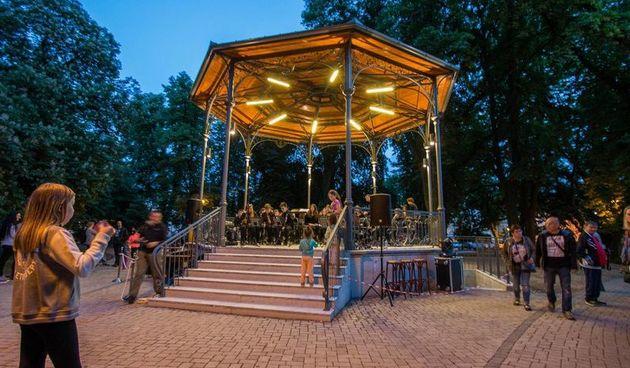 Vrhunski koncertni klavir stiže u srijedu u Glazbeni paviljon - koncerte će održati Zvjezdan Ružić, Mia Pečnik i mladi pijanisti