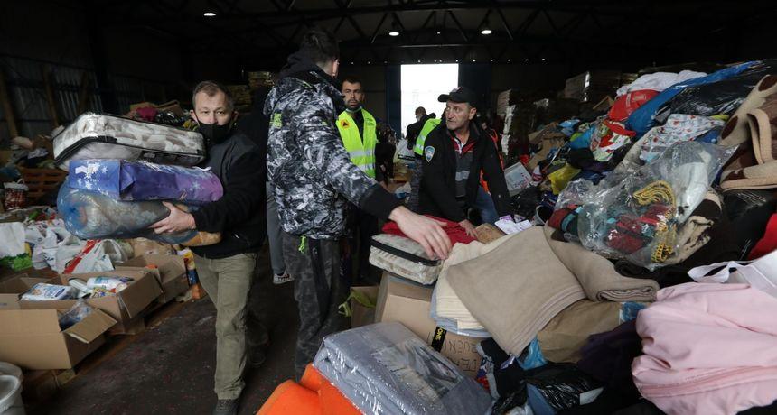 Dno dna! Dvije žene ukrale 40 madraca iz pomoći prikupljene za Banovinu nakon potresa