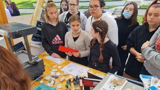 Učenici Srednje škole Duga Resa s prijateljima iz Dugog Sela organizirali Dan znanja u Amfiteatru za dugoreške osnovce