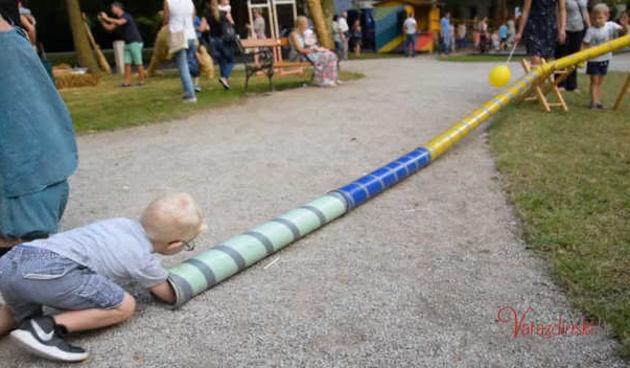 Djeca i umjetnici kroz igru uče u Parku kreative na Špancirfestu (thumbnail)