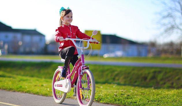 Završen projekt izgradnje biciklističkih staza u Čepinu – općina bolje povezana s okolicom, biciklisti sigurniji u prometu