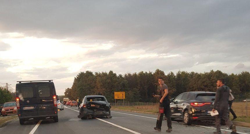 PROMETNA NESREĆA Sudar dva auta u Gornjem Kuršancu - vozila slupana, ozlijeđenih nema