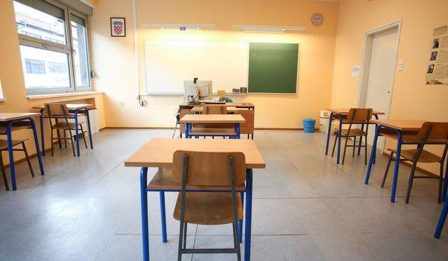 Opet rekord novozaraženih: Žarišta su škole u kojima je pozitivno tri i pol tisuće učenika, više od 400 razreda je u izolaciji!