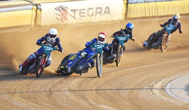 Speedway spektakl na stadionu Milenium u Donjem Kraljevcu