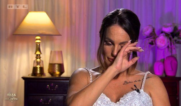 Sanela+plače+jer+je+Jasmin+napustio+svoje+vjenčanje+(thumbnail)